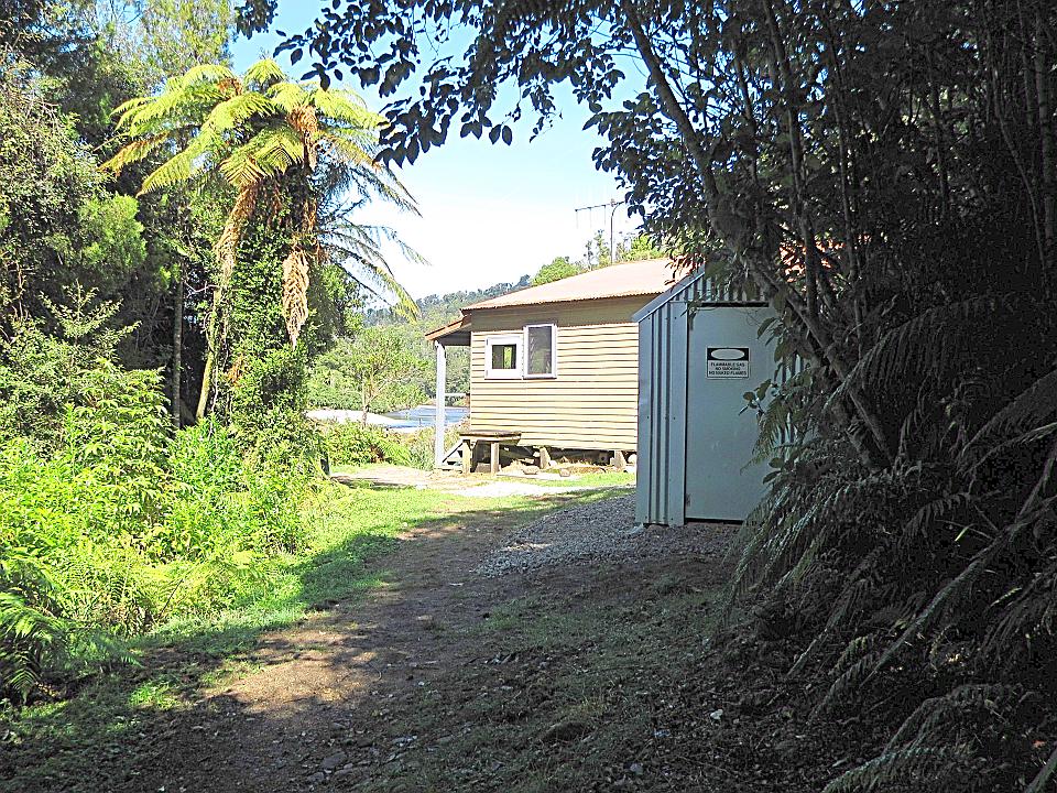 Lewis Hut